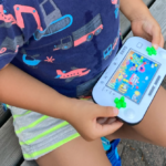 2020.08.28(Fri) おもちゃに夢中で歩かない息子